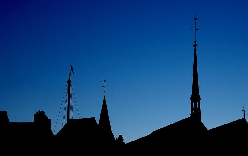 Honfleur - Le mat et les clochers